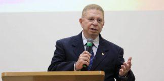 Dr. Alexandre Martins de Castro