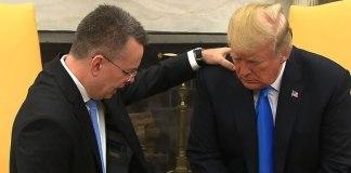 Após ser solto na Turquia, pastor ora por Trump na Casa Branca