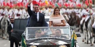 Bolsonaro toma posse como presidente da República