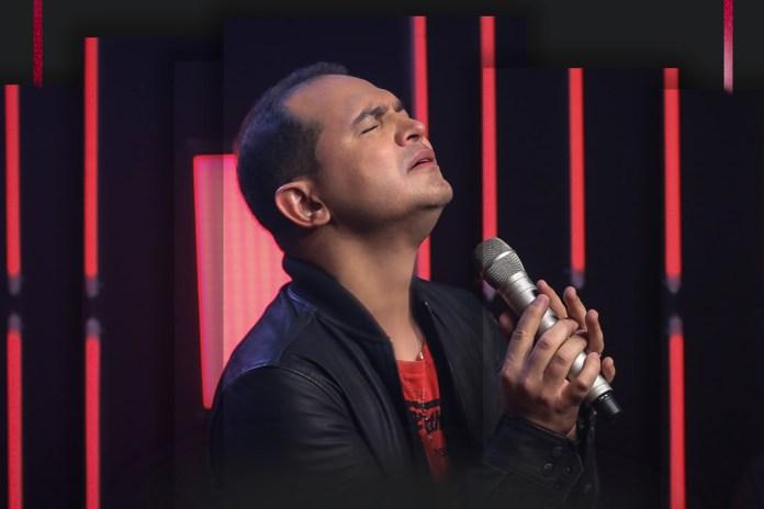 Davi Sacer lança álbum comemorativo pelos seus 15 anos de carreira