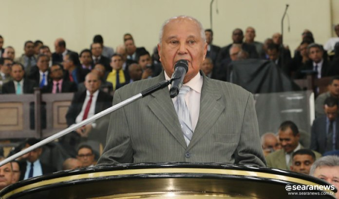 Pastor Arnaldo Candeias, presidente da Cadeeso