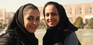 """A """"igreja secreta"""" no Irã cresce em meio a crescente perseguição"""