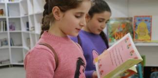 Biblioteca destruída em centro cristão no Iraque é restaurada
