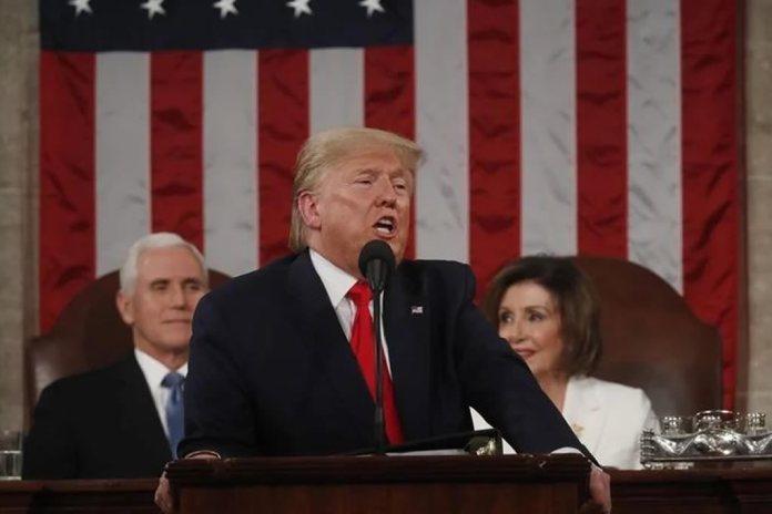 Donald Trump discursa com tom inspirador e focado na fé
