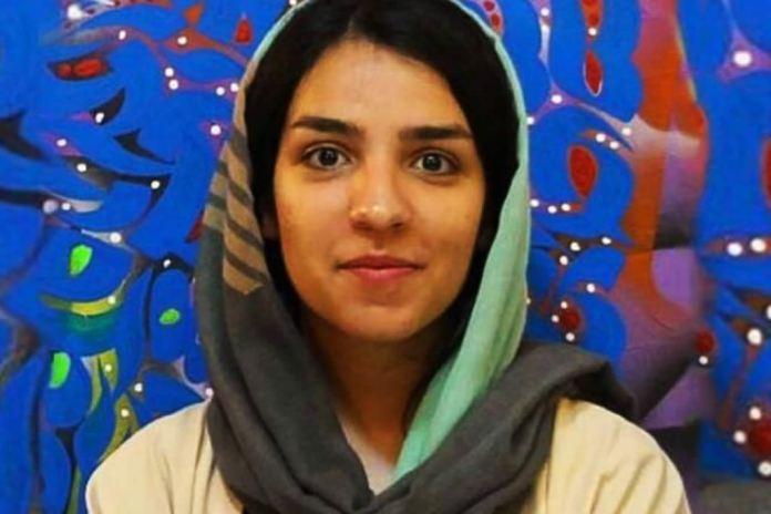Ativista cristã deixa prisão no Irã após pagamento de fiança