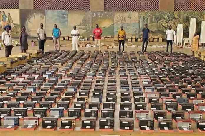 Bíblias serão distribuídas para evangelismo em Uganda