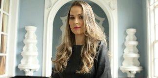 "Michelle Giarola lança o single ""A Unção"""