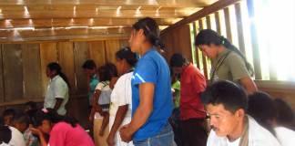 Cristãos indígenas da Colômbia são acusados de levar a COVID-19 para comunidade