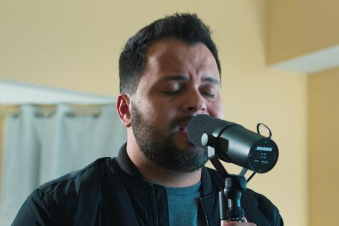 """Klebson Kollins lança o videoclipe da primeira canção da série """"Em Casa"""""""