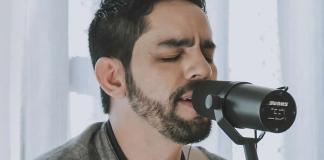 """Myckael Ribeiro lança single e clipe """"Jesus Está Te Vendo"""""""