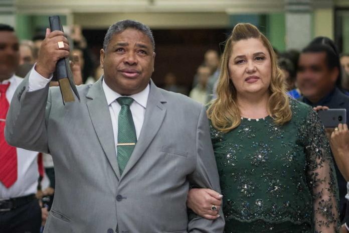 Pastor Otávio Rendeiro e esposa estão internados no ES com Covid-19