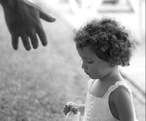 A helping hand by Eduardo Deboni