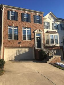 1539 Grosbeak Ct, Woodbridge, VA 22191