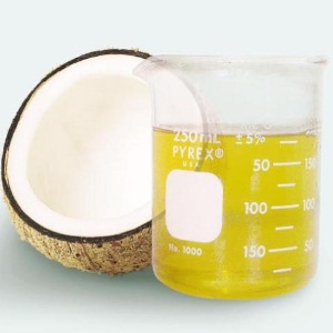Coconut oil for dermatitis