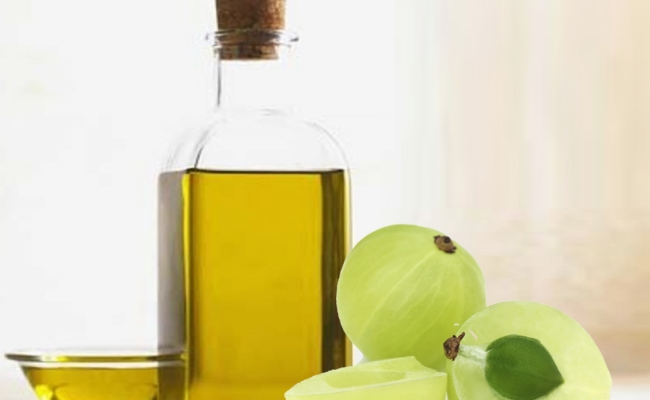 Indian Gooseberry Oil And Almond Oil