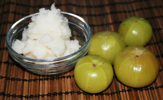 Indian Gooseberry Oil And Coconut Oil