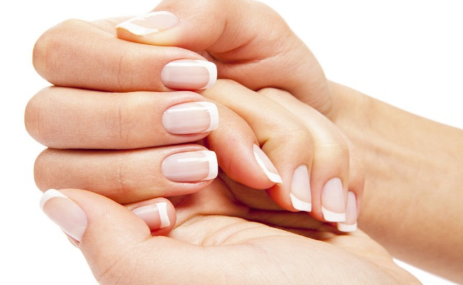 Strengthens Nails