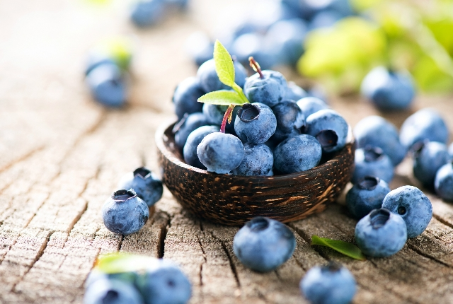15 Amazing Health Benefits Of Blueberries