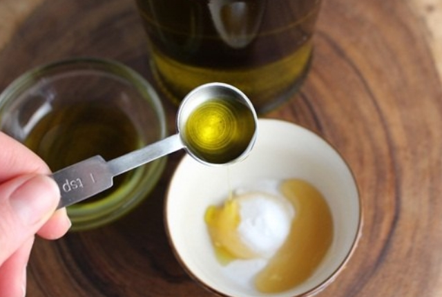 Baking Soda And Olive Oil