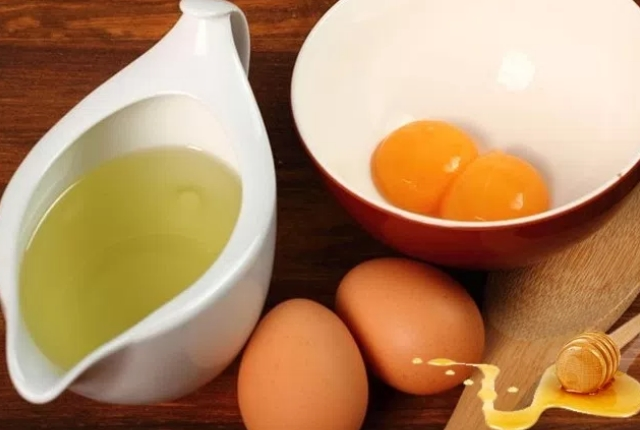 Glycerin, Honey And Egg White