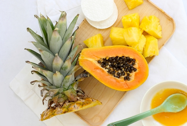 Papaya And Pineapple Face Mask