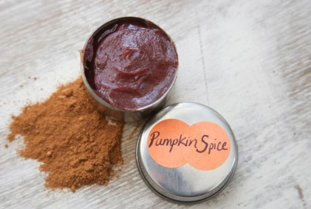 Pumpkin, Cocoa Butter And Sugar Lip Scrub