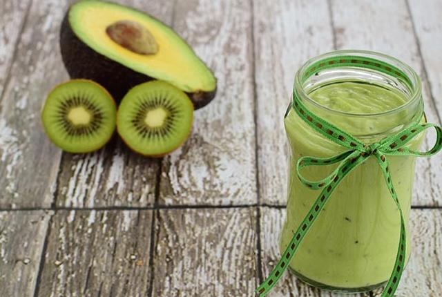 Avocado And Kiwi Mask