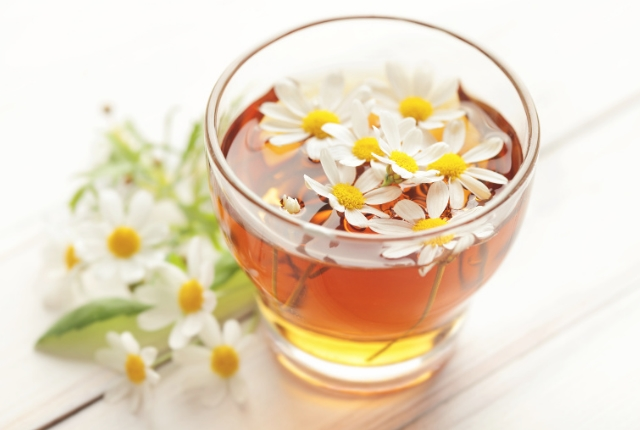 Teas And Oils For Hand Tremors