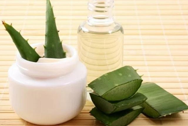 Glycerin And Aloe Vera Gel Mask