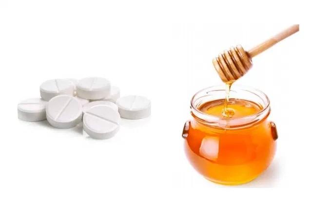 Honey and Aspirin Face Mask