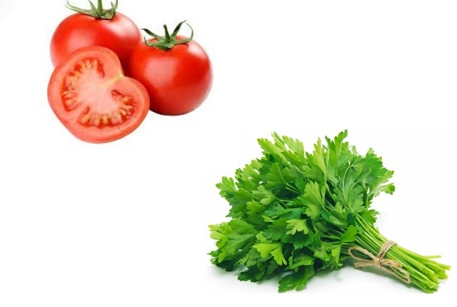 Parsley and Tomato Face Mask