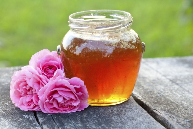 Rose Water And Honey Beauty Recipe