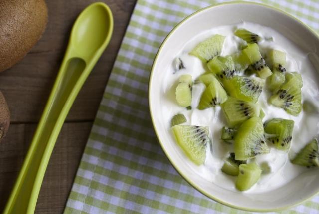 Yogurt And Kiwi Mask