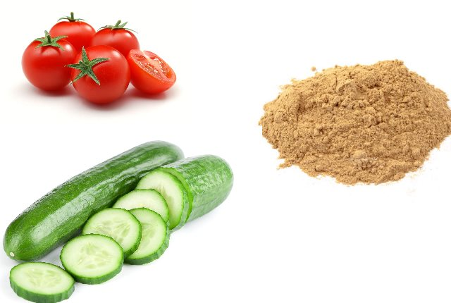 Cucumber, Sandalwood Powder, And Tomato Face Mask