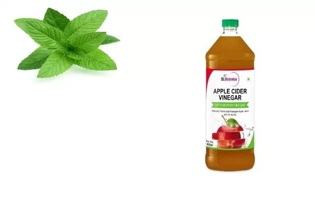 Apple Cider Vinegar And Mint Leaves