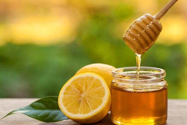 Raw Honey And Lemon
