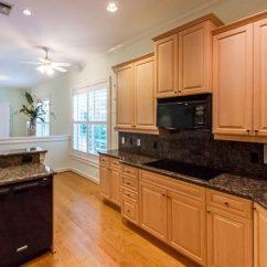 Sears Kitchen Whirlpool Appliance Package 豪华海滨排屋 1153希尔斯伯勒哩 4a 希尔斯伯勒海滩 佛罗里达州33062 厨房用花岗岩台面的住宅在4a Hillsboro的1153年里 一个豪华