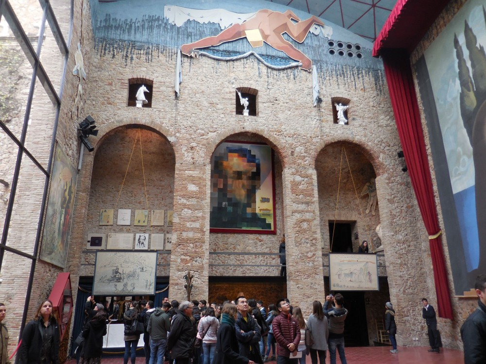 Teatro Museo Dali.Salvador Dali Theatre And Museum In Figueres The Seasoned Travelr