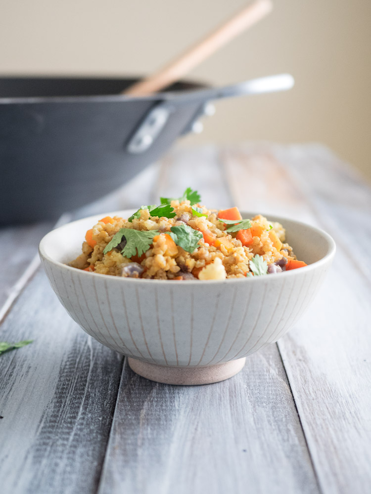 Fried MIllet with Curry Cauliflower and Carrots | This fried millet with curry cauliflower and carrots is an easy, gluten-free recipe that only takes 30 minutes. Full of flavor, spice, and vegetables! | seasonedvegetable.com