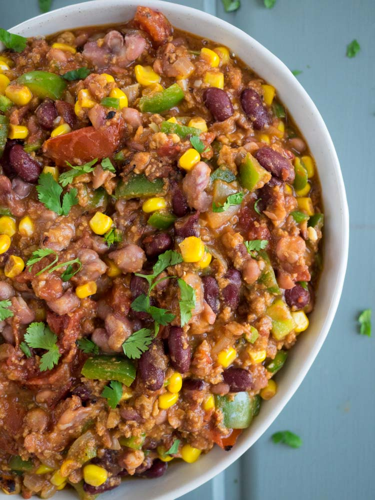 Vegetarian Chili with Anasazi Beans | This vegetarian chili made with Anasazi beans is easy and fast! Make ahead or make a double batch for a hearty dinner to serve with your favorite toppings. | SeasonedVegetable.com