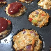 Mini Garden Turkey Meatloaves