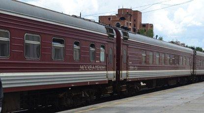 https://i0.wp.com/www.seat61.com/images/Trans-Siberian-vostok-train.jpg