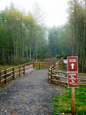 Tanbark Off-Leash Area in Snohomish County. Photo from BringFido.com.