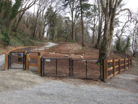 Kinnear off-leash area is Seattle's newest and smallest dog park. It's only .1 of an acre and dogems't have enough from for larger dogs to get exercise. Photo from bagshaw.seattle.gov.