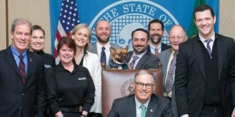 Governor Inslee Signs Bill to Protect Tethered Dogs