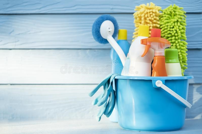 AD: Job Offer – Workers for Household Moving & Cleanup Needed