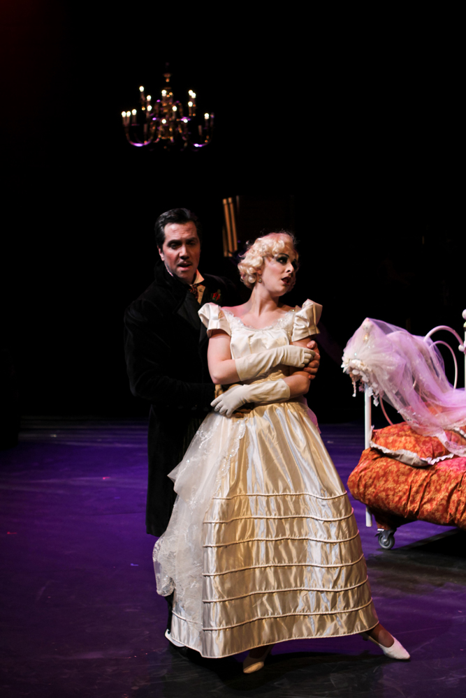 Jerick Hoffer The Threepenny Opera |...