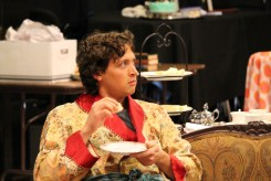 Quinn Franzen as Algernon.
