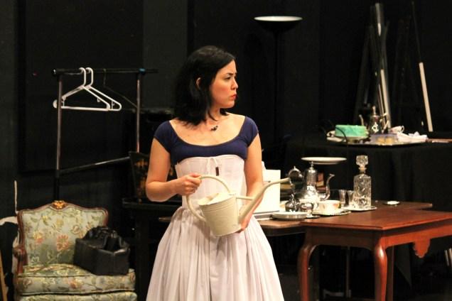 Hana Lass as Cecily.