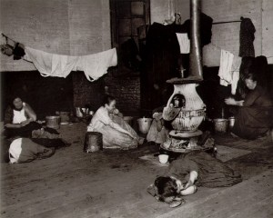 Women's lodging room in the W. 47th St. police station.Photo by Jacob Riis.